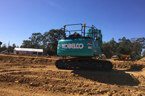 Kobelco Excavator Models | Earthmoving Equipment Magazine
