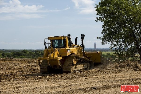 Track Tractor And Loader Improved Performance | Earthmoving